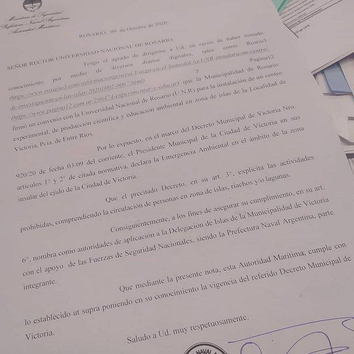La notificación enviada por Prefectura denegando el arribo de los containers de la UNR.