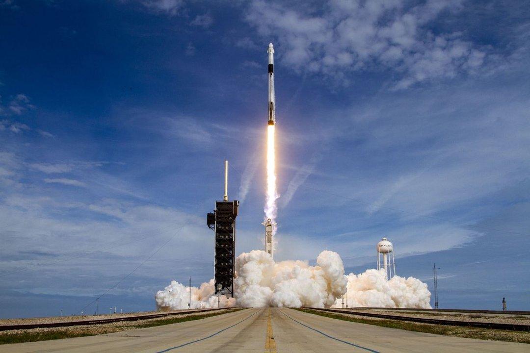 Musk también se metió en la carrera espacial con su proyecto Space X.