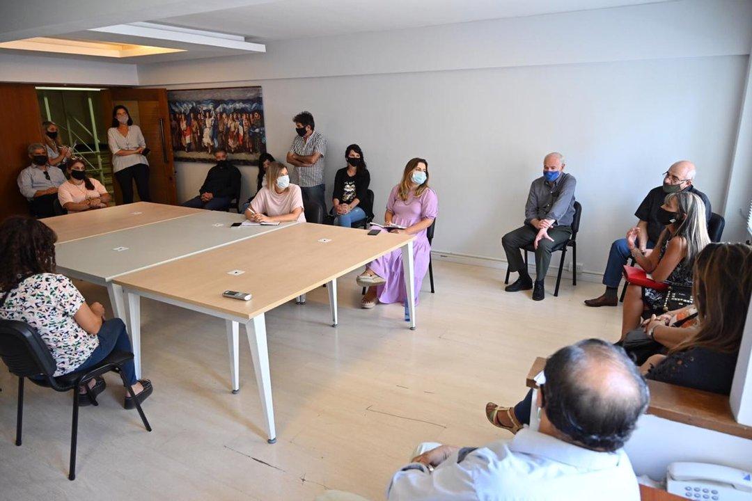 Con la presencia de distintos vecinalistas de la ciudad de Rosario la reunión se llevó a cabo este martes por la mañana.