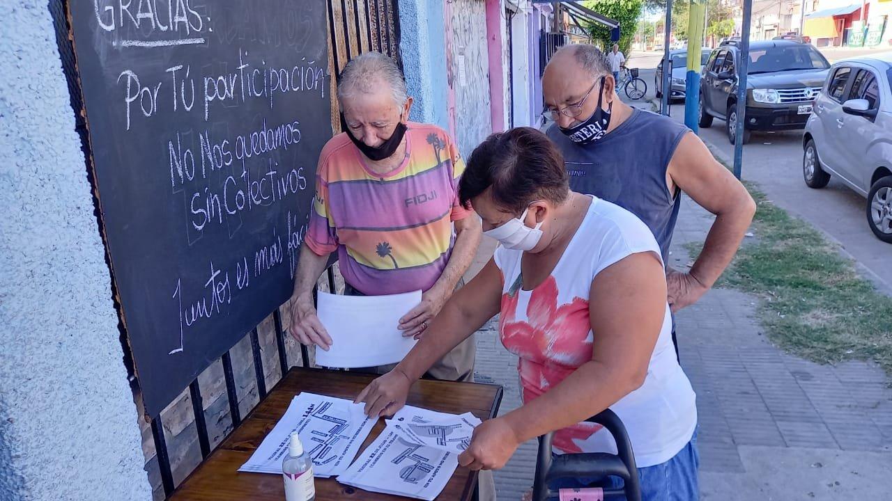 La colorida remera de Coco, militante de la resistencia peronista del 55 al 73.