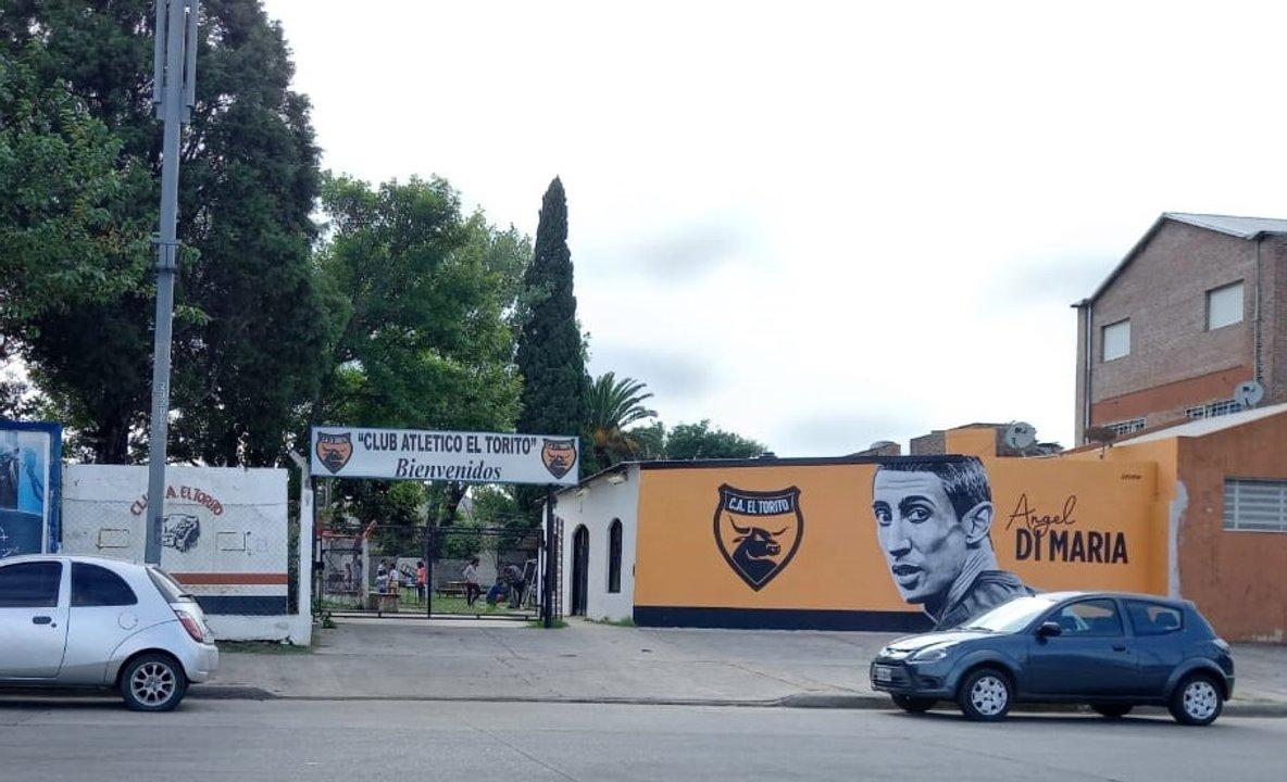 El Club El Torito también se vincula con la Fontanarrosa.
