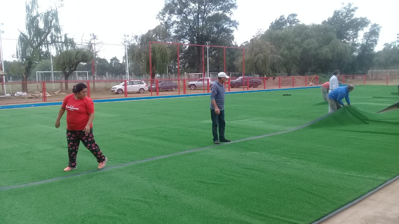 Un lujo, la nueva cancha que se suma al Polideportivo de Nueva Roma.